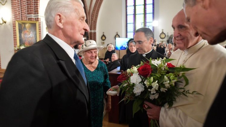 Pope addressing elderly at Saint James Cathedral, Riga