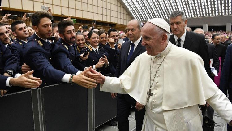 Pope Francis meeting members of Italy's National Association of State Police (ANPS) on September 29, 2018.