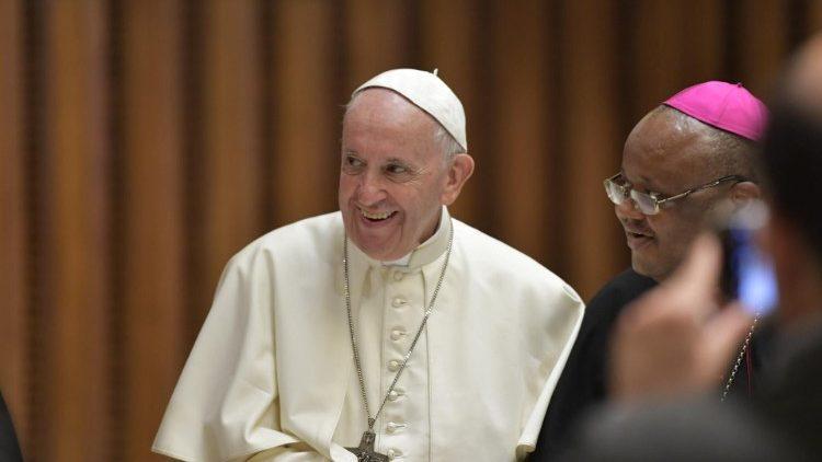 Papa Francisco durante o Sínodo dos Bispos dedicado aos jovens