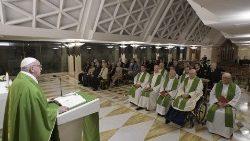 Papa: Gesù non tollera l'ipocrisia