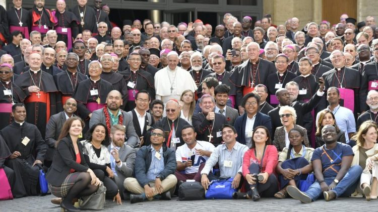 Group photo of the participants in the Synod for Youth