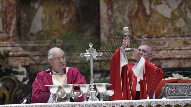 Pope Francis celebrates Mass for Deceased Cardinals and Bishops