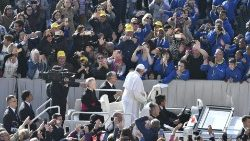 Pope Francis arrives in St Peter's Square for the weekly General  Audience