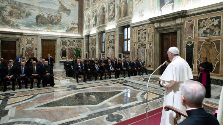 Pope Francis greets the Maronite Foundation and Lebanese Authorities