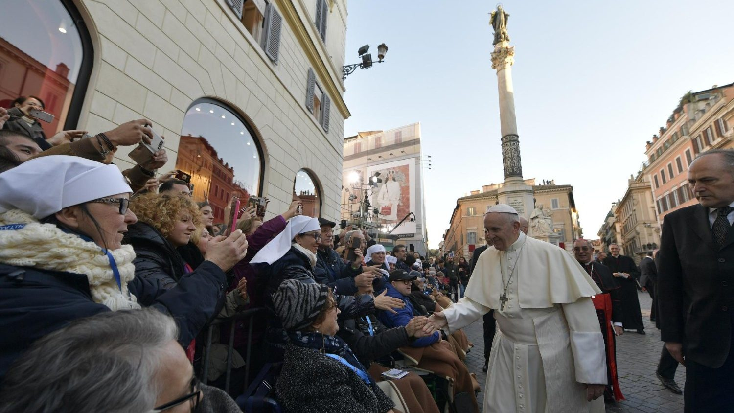 Pope in Piazza di Spagna: I come to pay you homage