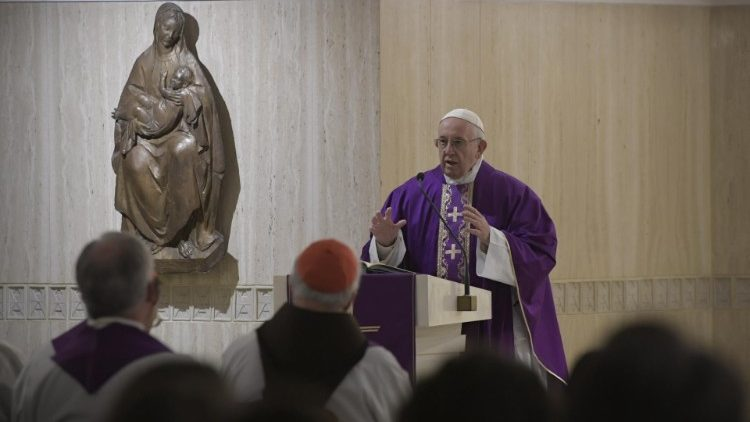 Mass at the Casa Santa Marta