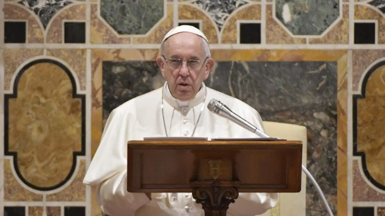 Pope gives address to Diplomatic Corps