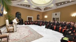 Le Pape François et les participants à l'Assemblée plénière de la Congrégation pour le Culte divin et la discipline des sacrements.