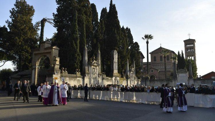 2019-03-06-sant-anselmo-processione-penitenzi-1551887437966.JPG