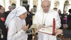 Pope Francis with Sr Maria Concetta Esu at the General Audience
