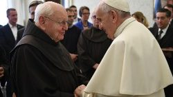 Pope meets with members of the Franciscan Mission Centre Foundation