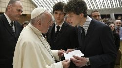 Pope Francis receives students and teachers of Rome's Visconti High School