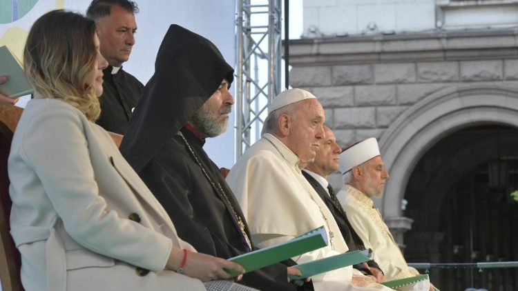 Pope Francis attends the prayer meeting for peace in Sofia