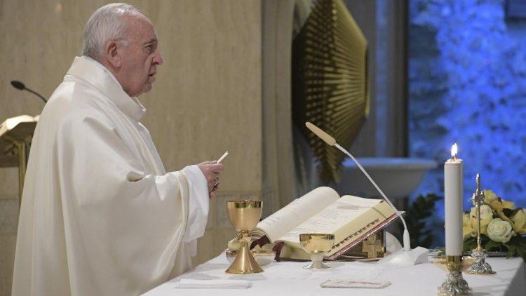 Papa Francisco celebra Missa na Capela da Casa Santa Marta