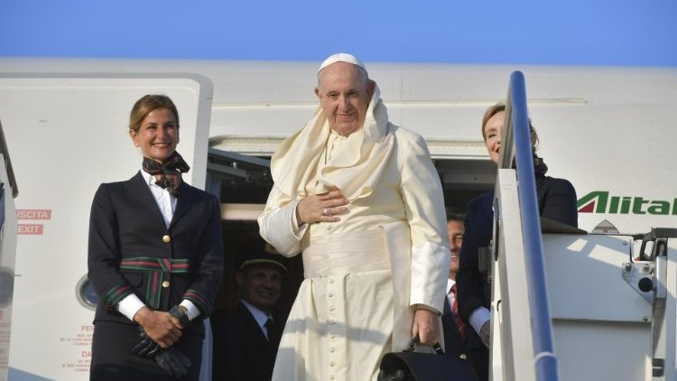 Pope Francis departs for his Apostolic Journey to Mozambique, Madagascar and Mauritius