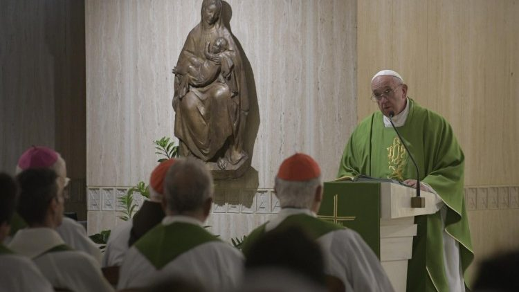 Pope at Mass: Ministry is a gift to be contemplated - Vatican News