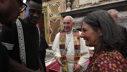 Pope meets members of the Emmanuel Community