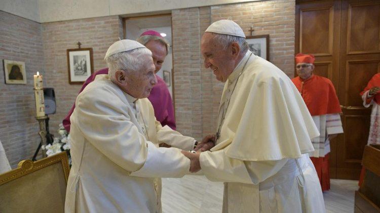 Archive photo of Pope Francis and Pope Emeritus Benedict XVI
