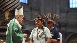 Apertura del Sínodo. El Papa recuerda que el Evangelio no se impone, se ofrece