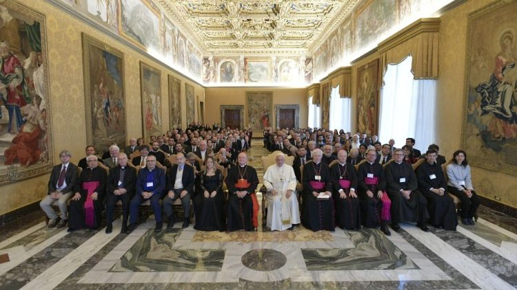 Pope Francis receives music Congress participants in the Vatican