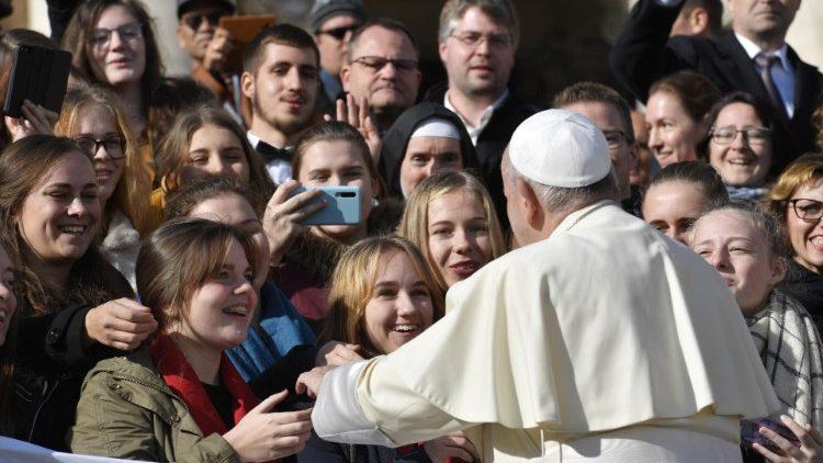 """""""Vem e verás"""" é o título da Mensagem do Papa Francisco"""