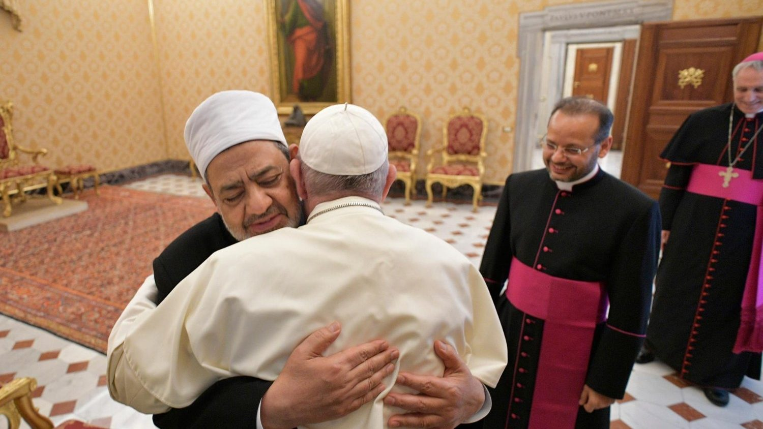 Grand Imam: 'Pope Francis restores to humanity its consciousness' - Vatican News