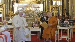 Pope Francis meets the Buddhist Supreme Patriarch of Thailand