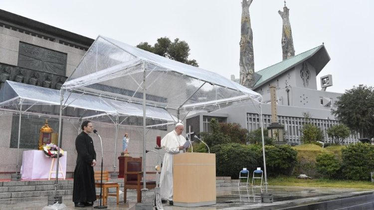 Pope Francis prays at the Martyrs Monument in Nagasaki