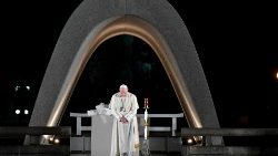 Pope Francis calls for world free of nuclear weapons