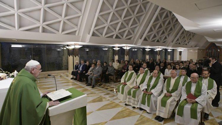 Messe à Ste-Marthe: mourir, c'est ouvrir la porte au Seigneur qui frappe Cq5dam.thumbnail.cropped.750.422