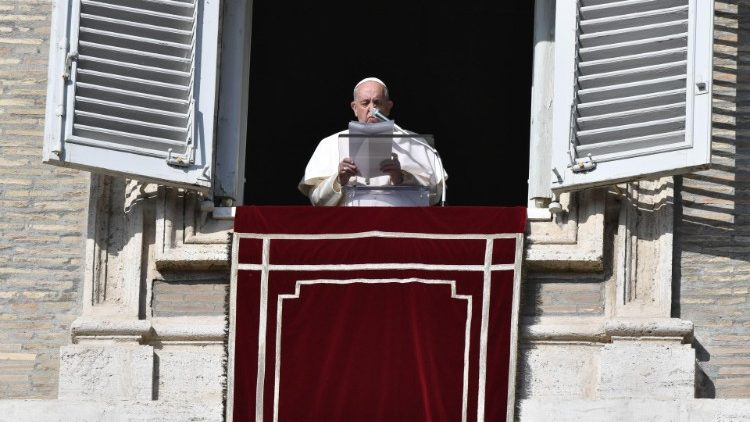 """Pope at Angelus: May our whole life be a """"yes"""" to God - Vatican News"""