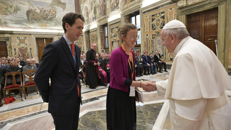 Pope Francis greets young French entrepreneurs