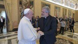 科斯塔神父觐见教宗