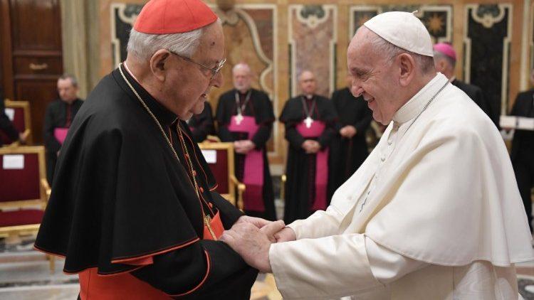 教皇フランシスコとアンジェロ・ソダノ枢機卿 2019年12月21日