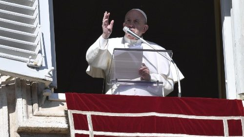 Pope's Angelus of 6 January 2020