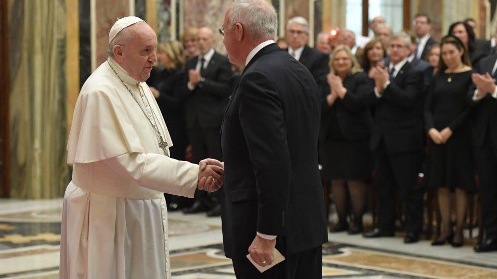 El Papa, con los Caballeros de Colón