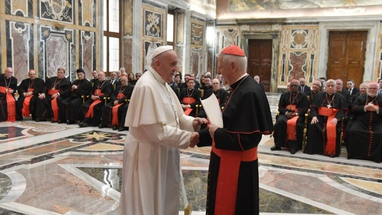 Đức Thánh Cha tiếp các thành viên Bộ Giáo dục Công giáo