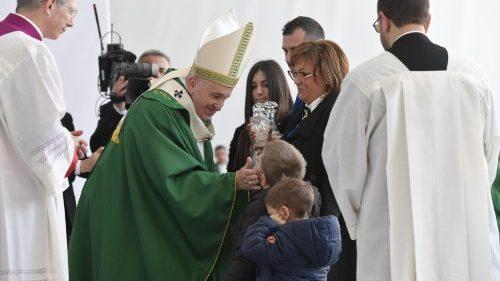 Thánh lễ ĐTC Phanxicô tại Bari: sự cực đoan của tình yêu