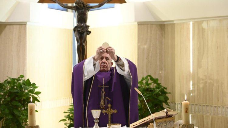 教宗主持清晨彌撒