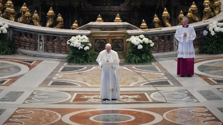 Pope Francis delivers his 'Urbi et Orbi' message on Easter Sunday