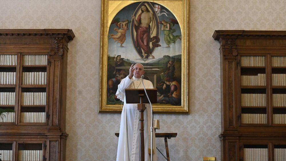Regina Coeli : Jésus est le chemin qui conduit au Ciel Cq5dam.thumbnail.cropped.1000.563