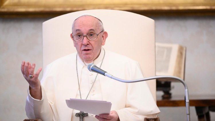 Le Pape prononçant sa catéchèse du mercredi 17 juin 2020.