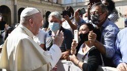Il Papa: la risposta sociale alla pandemia è una politica del bene comune