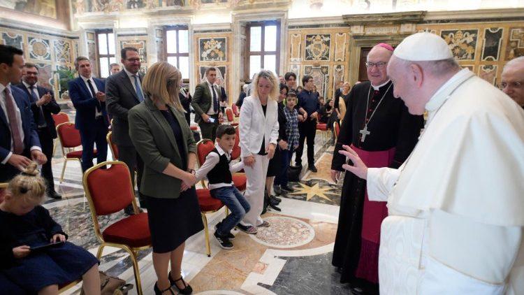 Le Pape François a reçu un groupe d'enfants autistes autrichiens, lundi 21 septembre 2020.
