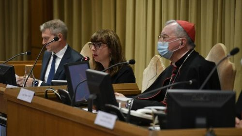 "Professor Anna Rowlands (centre) during presentation of ""Fratelli tutti"" in the New Synod Hall"