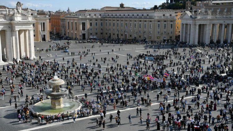 Angelus - Praça São Pedro