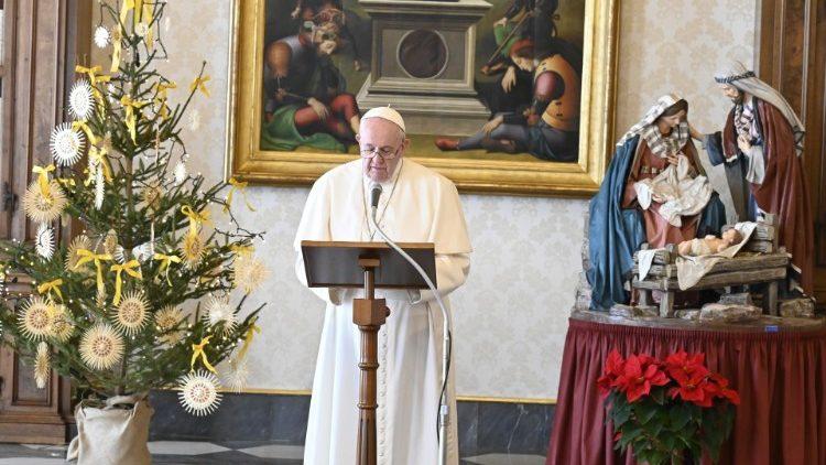 Angelus com o Papa na Biblioteca Apostólica