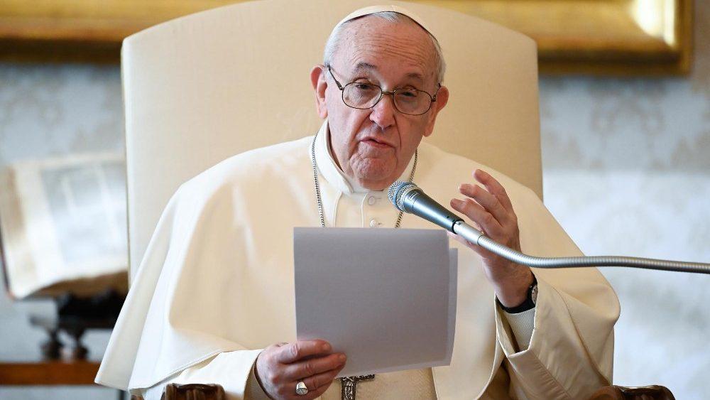 Papa Francisco durante a Audi°encia Geral