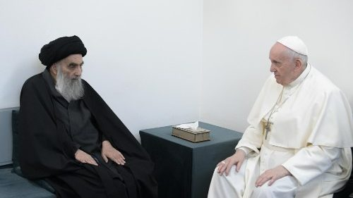 Pope stresses fraternity in meeting with Iraq's Grand Ayatollah