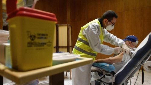 Vatican provides Covid-19 vaccination for 100 homeless people